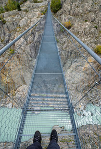 Hängebrücke über die Massaschlucht in der Schweiz von Matthias Hauser