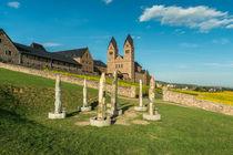 Hildegards Visionen vor Abtei St. Hildegard 5 von Erhard Hess