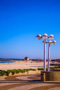 Tel Aviv beach by slavamalai