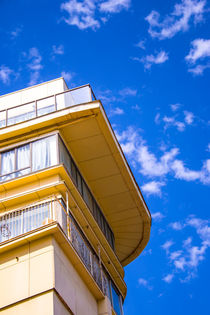 Building against cloudy blue sky by slavamalai