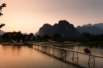 Vang Vieng Rivercrossing. by Tom Hanslien