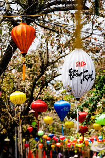 Chinese Lanterns, Hoi An. von Tom Hanslien