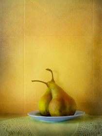 Two Pears  by artskratches