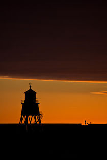 Groyne Lighthouse at Sunrise by David Pringle