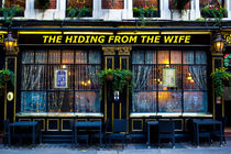 The hiding from the wife pub von David Pyatt