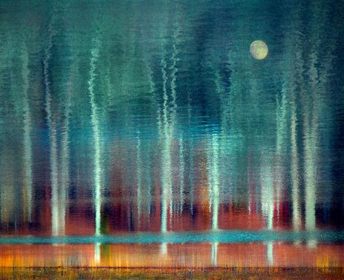 Moon-reflection-fin-240