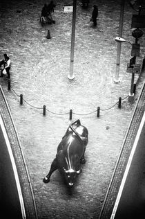A Bull on Wall Street 1990s von John Rizzuto