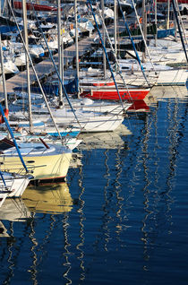 Sailboat Reflections von John Rizzuto