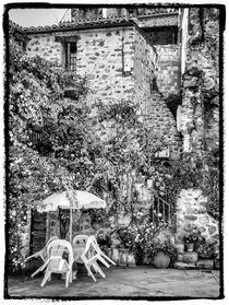 Altes Dorf 5 von Uwe Karmrodt