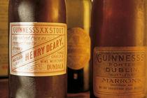 Irish Pubs Serie: Guinness Etiketten 1900 von robert-von-aufschnaiter