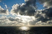 Meer Himmel Silbern by caladoart