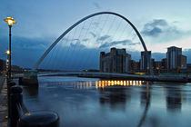 Gateshead Millennium Bridge by David Pringle