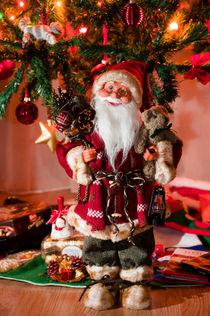 Santa by Maria Livia Chiorean