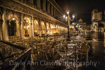'Rainy night in Venice' von dayle ann  clavin