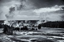 Geyser Basin in Black and White von Ken Dvorak