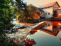 Bunte Spiegelungen am Wasser | Landschaftsfotografie von Patrick Jobst