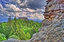 Surreal Blick auf die Ruine Eisenberg by Stephan Gehrlein