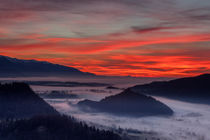 sunrise over my hometown von Bor Rojnik