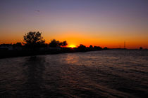 Sunset at the river Elbe  von madle-fotowelt