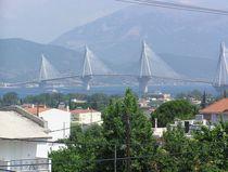 Rio-Andirrio Brücke von mehrfarbeimleben