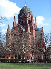 Heiligkreuzkirche in Berlin-Kreuzberg by Ulla Hennig