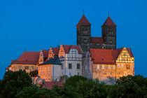 Welterbestadt Quedlinburg bei Nacht Blick auf das Schloss by Daniel Kühne