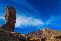 Roque Cinchado mit Pico del Teide- Finger Gottes mit Teide von Udo Seltmann