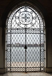 The gates of San Michele - Venice von OG Venice Italy Travel Guide