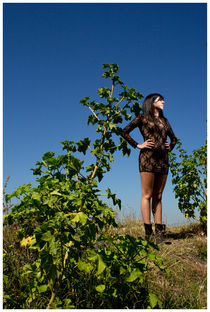WOMAN INNA A WOOD von Manuela Russo