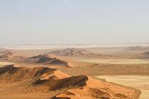Namib Naukluft NP / Vogelperspektive von Andrea  Hergersberg