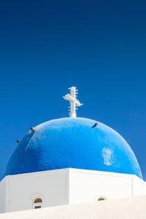 Blaue Kuppel auf Santorin von Björn Kindler
