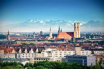 München vor Alpen von Björn Kindler