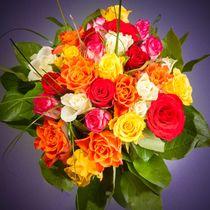 Farbenfroher Blumenstrauß by Björn Kindler