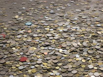 Pile of Coins von amineah