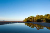 Unspoilt Garner's Beach  by Hilke Maunder