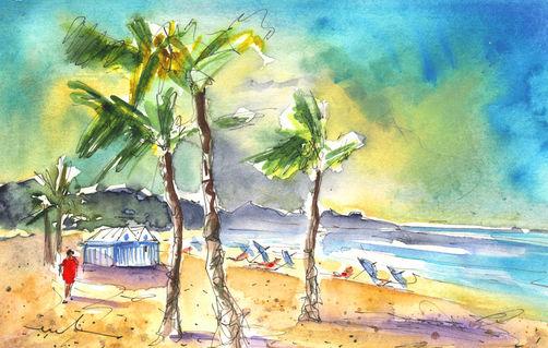 Las-canteras-beach-in-las-palmas-de-gran-canaria