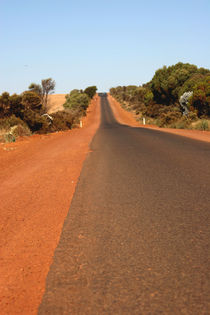 Outback road in Western Australia by Jörg Sobottka