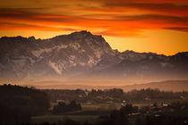 Zugspitze bei Sonnenuntergang by Björn Kindler