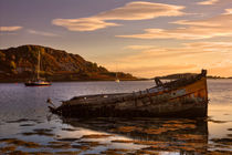 Sunken Gold on Loch Craignish von Derek Beattie