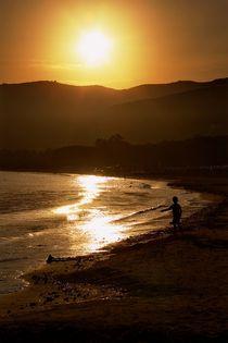 On the beach, at sunset von Giorgio  Perich