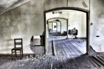 Abandoned shool, one by Giorgio  Perich