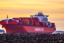 Hamburg Süd Containerschiff Santa Cruz von Dennis Stracke