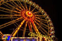 Riesenrad auf dem Hamburger Dom Jahrmarkt Kirmes von Dennis Stracke