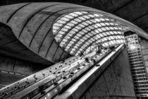 Canary Wharf Station by David Pyatt