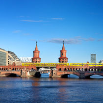 Berlin Oberbaumbrücke by topas images