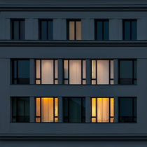 Dead Center (After Dark II) by Holger Schnell
