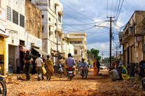 Indian daily city life - busy street scene von creativemarc