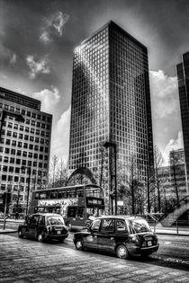 Canary Wharf London by David Pyatt