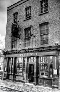 The Gipsy Moth Pub Greenwich by David Pyatt
