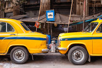 Calcutta Cabs by Johannes Elze
